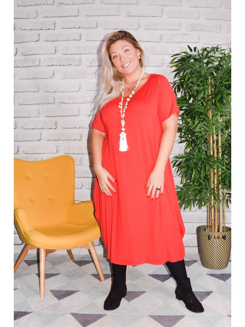 Yvanna, robe viscose, grande taille rouge face
