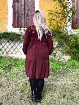 Bruges, robe dentelle bohème grande taille bordeaux arriere