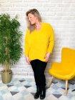 Stephanie pull duveteux grande taille jaune profil