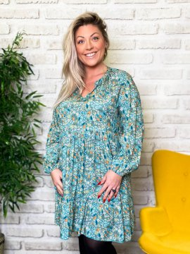 Bérénice robe grande taille imprimé fleuri verte zoom