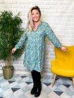 Bérénice robe grande taille imprimé fleuri verte face