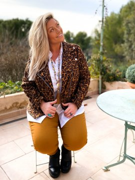 Perfecto imprimé léopard grande taille cuivre extérieur assis