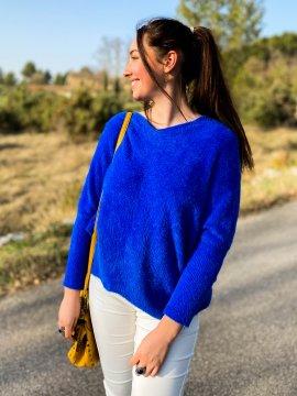 Stephanie pull duveteux grande taille bleu zoom extérieur