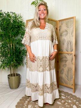 Maddy, robe longue dentelle, grande taille beige