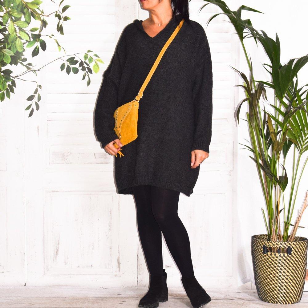 Robe pull grande taille à capuche