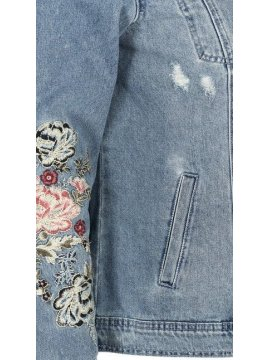 Veste en jean brodée, marque Zizzi zoom manche