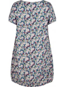 Laure, robe grande taille, Zizzi zoom face