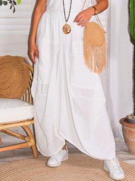 Amelia, jupe lin, grande taille, Talia benson zoom face