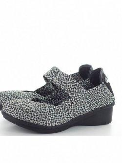 Chaussures Charm Yael Polkadot marque Bernie Mev - noir