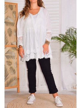 Nina, chemise bohème dentelle grande taille face